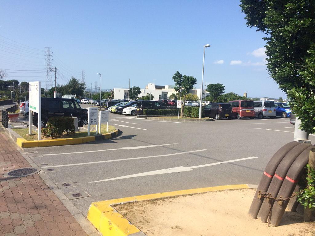 沖縄市中央公共駐車場