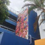 ATORONが手掛けたエイサー会館の壁画。そのギャップがすごい