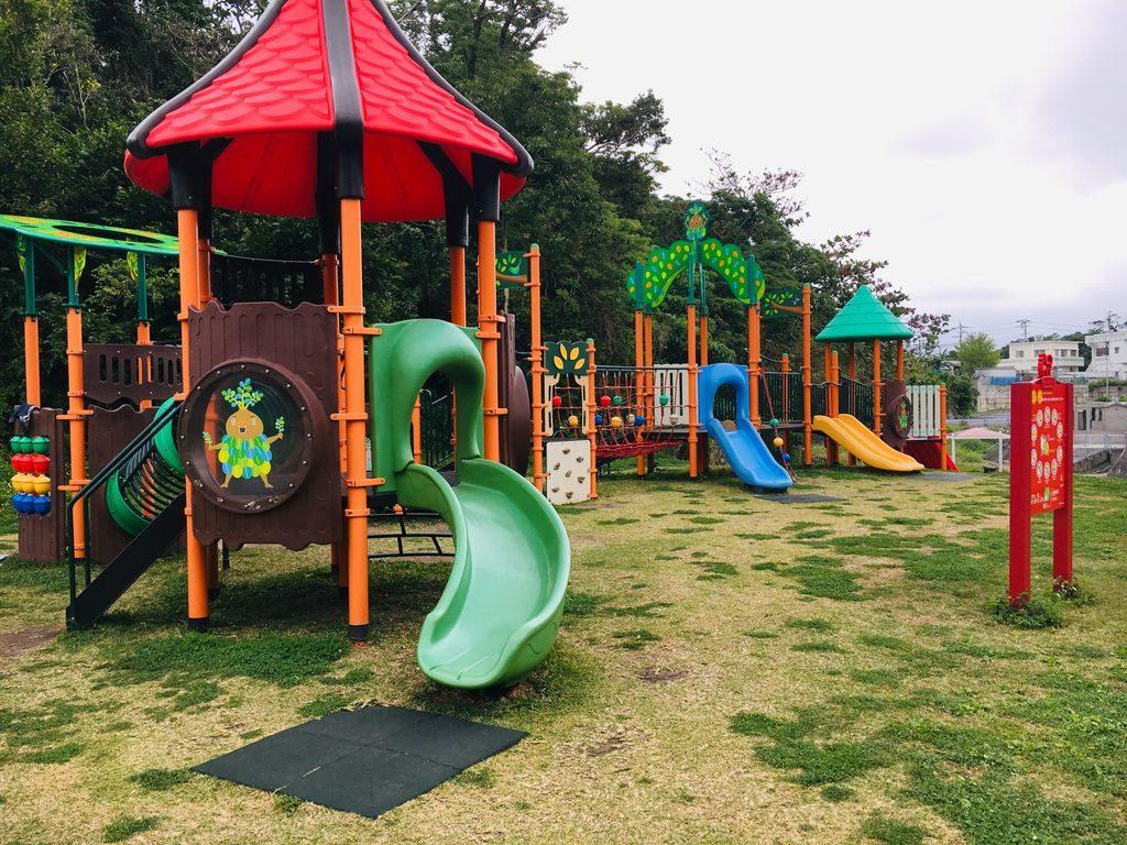八重島公園の遊具