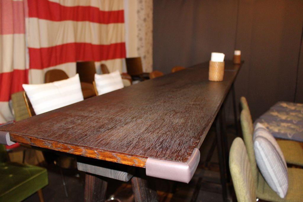シアタードーナツのテーブル